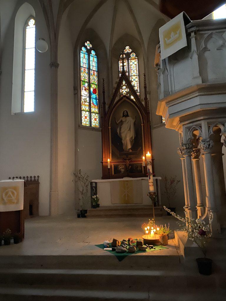 Kirche Wantewitz Altarraum Ostern